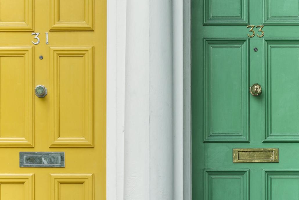 Geel en groen zijn felle kleuren, maar wanneer ze subtiel gebruikt worden hebben ze een positieve invloed op je humeur.